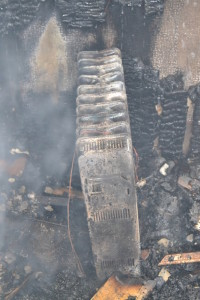 incendiu biserica poiana stampei (2)